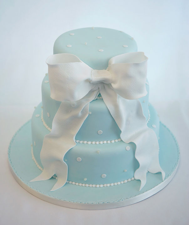 Tiffany Bow Inspired Wedding Cake